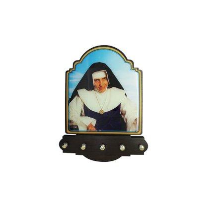 Porta Chaves Santa Dulce dos Pobres Modelo Provençal em MDF Resinado  21 cm